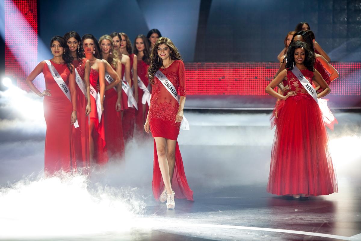 miss-supranational-2015-final-4
