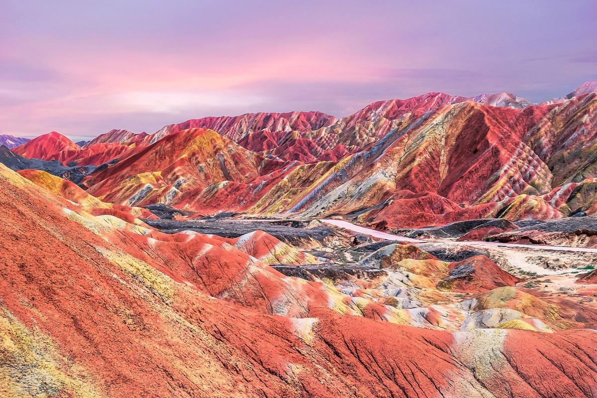 Sunset in China's rainbow mountain