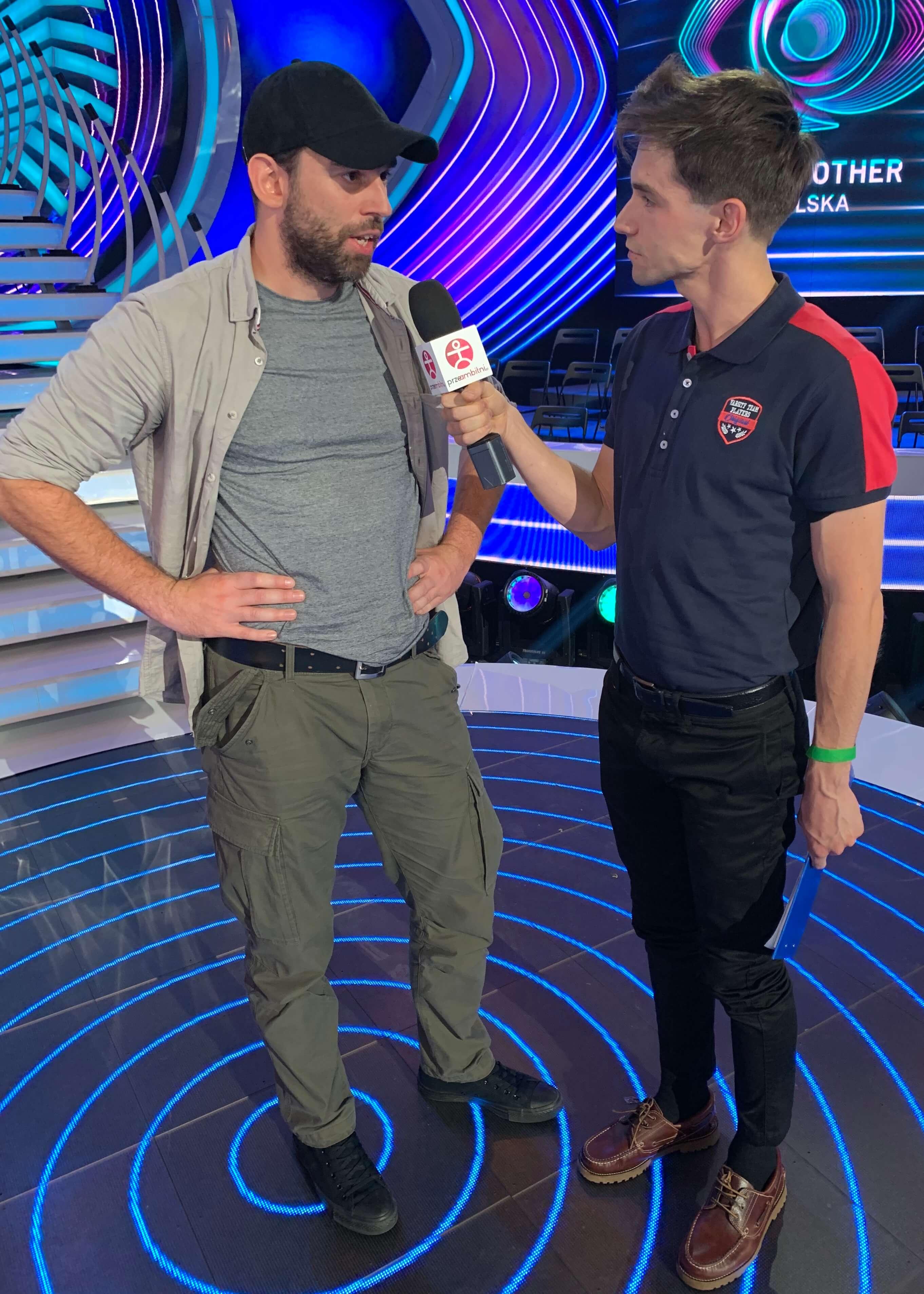 Przemysław Karda z Big Brothera rozmawia z Łukaszem Darłakiem z portalu przeAmbitniPL 05